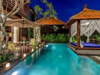 Bali Villas Rus - 3 Bedroom near Seminyak