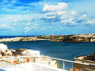 Panoramic Deluxe Penthouse - Valletta Centre, La Valeta