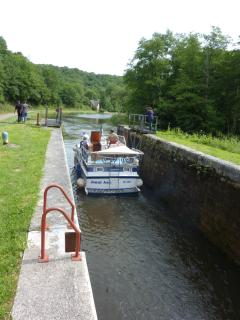 Boat leaving lock 1,hire a bike from Baye, Clamecy(north) & Chatillon(south) are a days outing