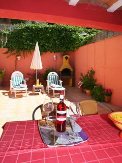 Casa Zahra - Patio con porche