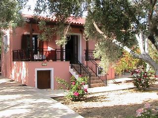 Villa Estia,in Cretan nature!, Sfakaki