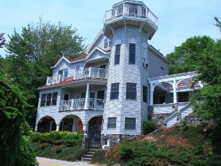 'Waterfront' Lighthouse Home Estate on Chauncey Creek w/ Private Dock'Waterfront', Kittery Point