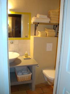 Bathr. for mimosa room