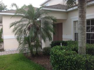 7 Beds/7 Baths,SOUTH FACING POOL WITH WATER VIEW,ALL NEW FURNITURE,10 MIN. DISNEY