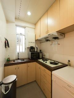 Kitchen:- dish washer, 2 gas hobs, combo microwave oven cooke, multi-gallon filtered water provided.