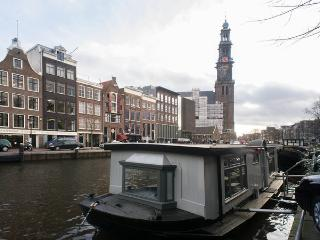 Woonboot Suite Westertoren in Amsterdam centrum