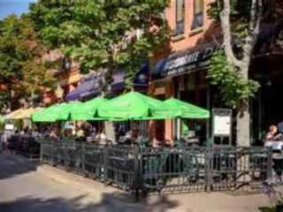 Charlottetown streetside Cafes