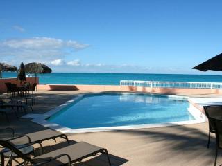 'Mystic Ocean' Condo, Nassau, Bahamas - ocean/pool