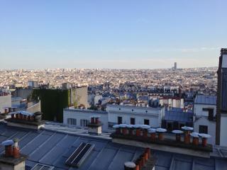 Montmartre Village : fantastic scenic views !