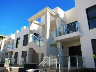 ***Zenia beach apartment to best price***