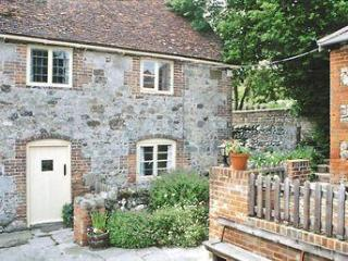 CHEVERTON FARM COTTAGE, Brighstone