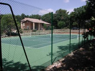 The house from the tennis court