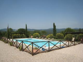 Tuscany, nice view - for 4 people