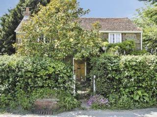 STONE PLACE COTTAGE, Brighstone
