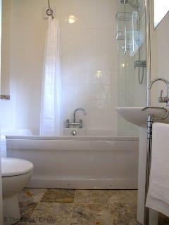 Coachman's Cottage Bathroom