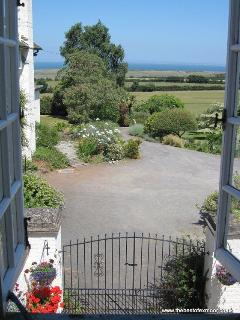 Coachmans Cottage, West Porlock - Sleeps 2 - Exmoor National Park - Sea views