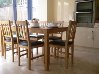 Spacious Kitchen Diner view with seating for 6