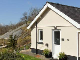 PEN Y GARN COTTAGE, Llandeilo