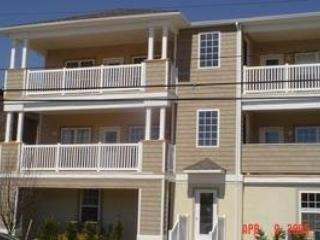 3 Bedr 2 Bath w/2-car Gar, FREE Internet! Pets OK, Wildwood