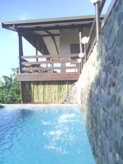 Nasau Lodge with Car included (Licensed Rental)