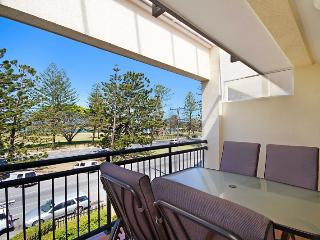Peurto Vallerta Unit 9 - Great value, great location in Coolangatta, Southern