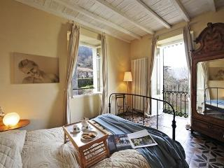 Both principal double rooms have spacious balconies
