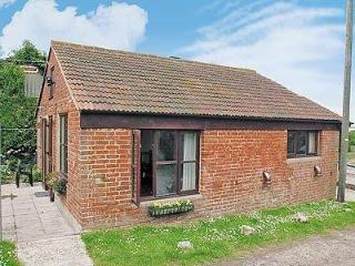NEW STABLE COTTAGE, Cowes