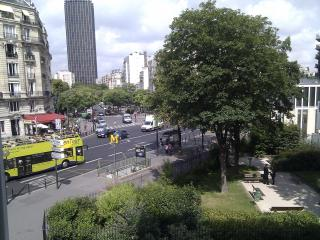 Montparnasse-Jardin Luxembourg apartment