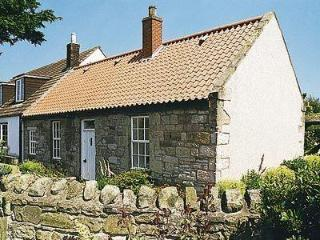 WEST VIEW COTTAGE, Seahouses