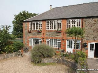 Old Tannery Apartment, Porlock - Exmoor National Park - sleeps 4