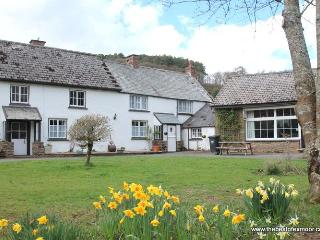 Riverside Cottage, Malmsmead - Sleeps 4 - Exmoor National Park - The famous Doon