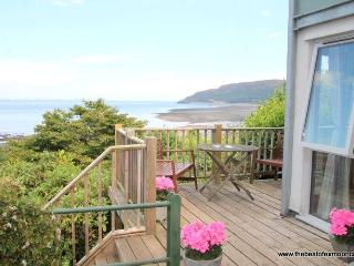 St Anthony's Cottage, Porlock Weir - Sleeps 4 - Exmoor National Park - Sea View - Large Garden
