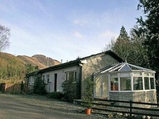 LOMOND VIEW COTTAGE, Loch Lomond and The Trossachs National Park