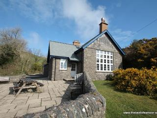 The School House, Countisbury - Spacious Victorian cottage in a stunning spot