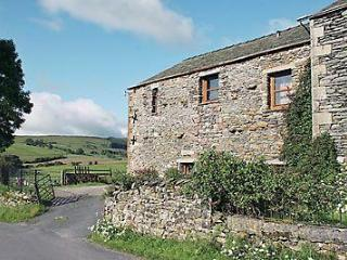DAW BANK COTTAGE, Sedbergh