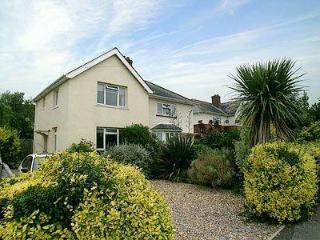 LYM COTTAGE, Lymington