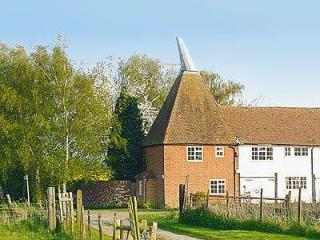CHURCH OAST COTTAGE, Maidstone