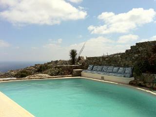 Luxury villa Super Paradise Mykonos, Oichalia