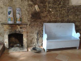 Casa Maria, Postiglione