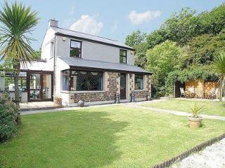 COOMBE END COTTAGE, Redruth