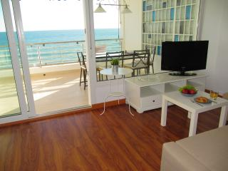 Apartment on the beach with wonderfull sea view., El Puerto de Santa Maria