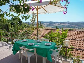 Holiday Home close to the beach or thermal springs, Magliano na Toscana