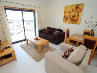 1 Bed Pool/Sea View with Wifi in Vista das Ondas, Olhos de Agua