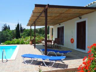 Villa Aphrodite, a private pool in privacy, Skala