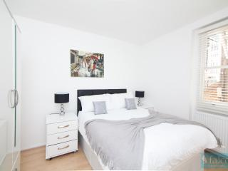 Deluxe Two Bedroom Apartment Maple Street *9, Londres