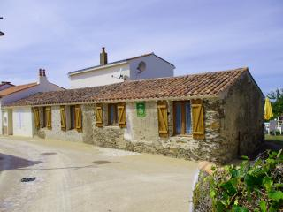 Stone Cottage, Dolphin Gites, Vendee