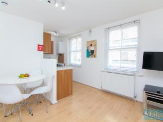 City Centre - Oxford Street Two Bedroom Flat