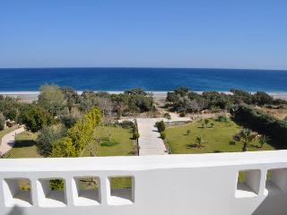 Antonoglou Beach Villas, Gennadi