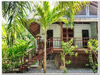 The Orchid Sleeps 4 - Your Perfect Diving Location