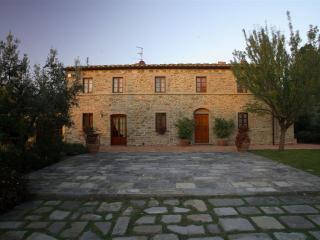 Villa Pratobello, Capraia e Limite
